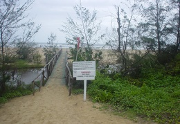Bridge to the beach